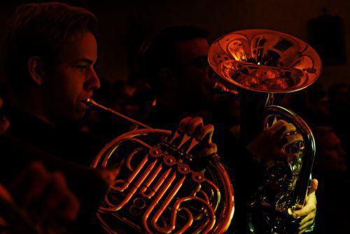 Im Rahmen der drei geplanten Konzerte bietet Brass Adventure ein Programm aus typischer Weihnachtsmusik mit verschiedenen Brass-Arrangements, die von den jungen Musikern teilweise selbst erstellt wurden.TSK/adrian lindenthal