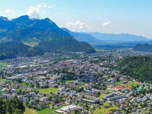 In Bludenz werden im kommenden Jahr rund 7,3 Millionen Euro investiert. Hauptprofiteur ist der Bildungsbereich, in den knapp 2,8 Millionen Euro fließen. VN/Lerch