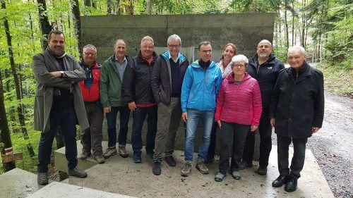 In der Leader-Region Vorderland- Walgau wird bei Projekten an einem Strang gezogen, wie hier bei der Eröffnung des Masellaweges zwischen Muntlix und Dafins. VWB