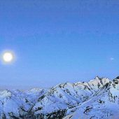 Schneeschuhwandern bei Vollmond