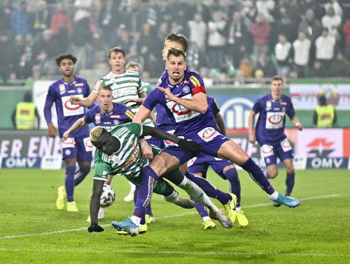 Intensiv und unterhaltsam, das Wiener Derby bot Spitzenfußball.apa