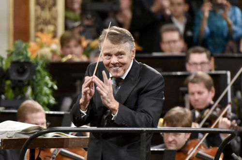 Jansons stand mit dem Symphonieorchester des Bayerischen Rundfunks und dem Concertgebouw Orchester in Amsterdam zwei der renommiertesten Klangkörpern der Welt vor. apa