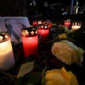 Festnahmen nach tödlicher Attacke auf Feuerwehrmann in Augsburg