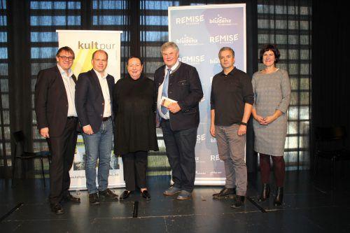 LAbg. Christoph Thoma, Bgm. Peter Neier, Maria Müller, Bgm. Mandi Katzenmayer, Michael Zündel und Isabell Rudolph-Esch. VN/JLO
