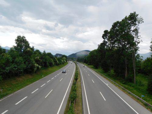 Ausbau des Lärmschutzes entlang der Autobahn in Mäder geplant. Mäser