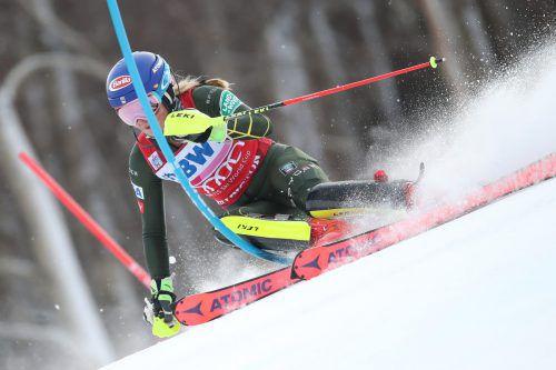Mikaela Shiffrin knackte in Levi (Fin) den Rekord von Ingemar Stenmark im Slalom. In ihrer Heimat zog sie nun mit 62 Weltcupsiegen mit Annemarie Moser-Pröll gleich.gepa