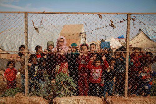 Millionen Menschen sind innerhalb des Bürgerkriegslandes auf der Flucht. Auch diese Kinder mussten ihre Heimat verlassen. AFP