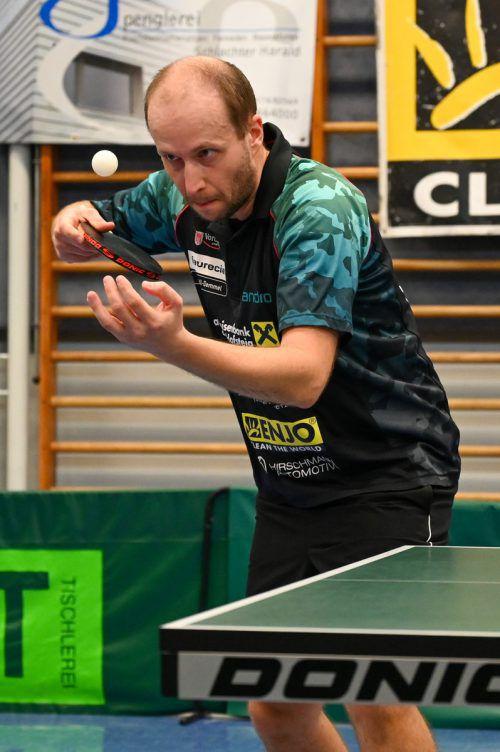 Miro Sklensky holte zwei Punkte im Einzel und gewann im Doppel mit Istvan Toth beim ersten Saisonsieg des UTTC Kennelbach. VN/Lerch