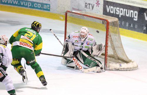 Mit zwei Treffern war Lucas Haberl (Nummer 21) maßgeblich am Sieg der Lustenauer beteiligt.Hartinger