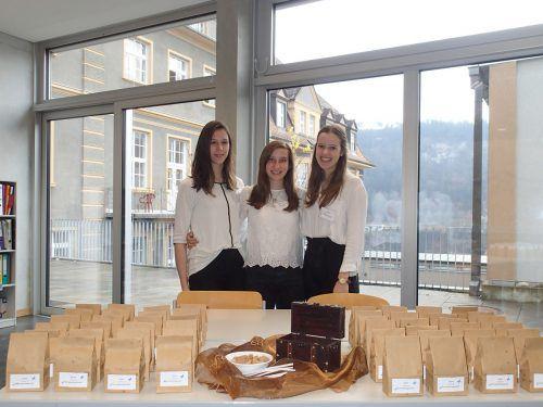 Nadine Hartmann, Katrin Burtscher und Theresa Köfler (v.l.) legen sich ins Zeug.