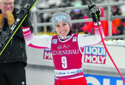 Nicole Schmidhofer feierte in der Abfahrt von Lake Louise ihren ersten Saisonsieg.gepa