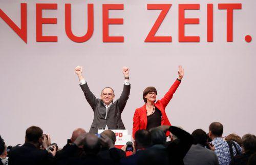Saskia Esken und Norbert Walter-Borjans sind jetzt offiziell SPD-Vorsitzende. AFP