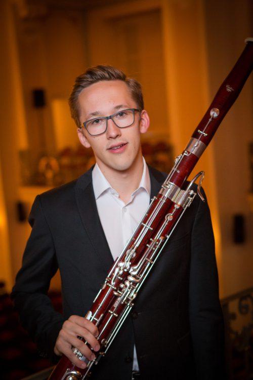 Seit 2015 spielt Noah Schurig im Jugendsinfonieorchester Mittleres Rheintal. Beim Silvester- und Neujahrskonzert steht er als Solist auf der Bühne. Mittermair