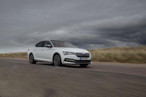 Škoda Superb iV: Der erste Plug-In-Hybrid der Tschechen bringt es auf 218 PS Systemleistung.Werk