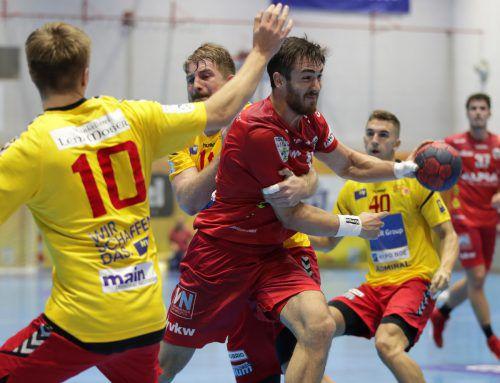 Sowohl im Supercup (22:17) als auch im Liga-Auswärtsspiel (23:19) haben Boris Zivkovic und der Alpla HC Hard in dieser Saison Meister und Cupsieger Krems das Nachsehen gegeben.GEPA