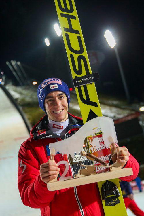 Stefan Kraft freut sich über seinen zweiten Platz in Klingenthal.gepa