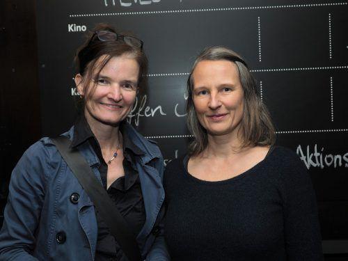 Theatermanagerin Brigitta Soraperra und Heike Kaufmann (GF Spielboden).