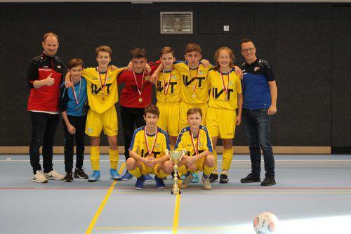 Turniersieger bei den Unter 14-Jährigen: das Team des FC Klostertal.Knobel