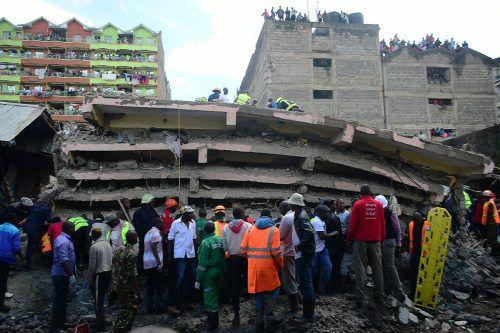 Unter den Trümmern werden zahlreiche Opfer vermutet. AFP