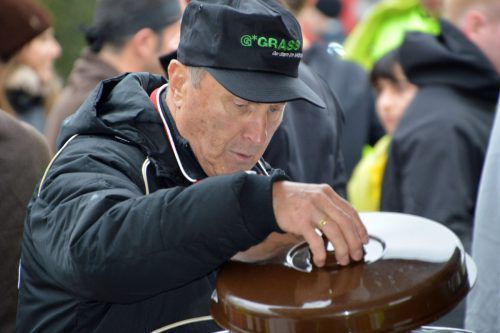 Zoltan Reczek ist im Zielbereich für die Verpflegung der Teilnehmer zuständig. Privat