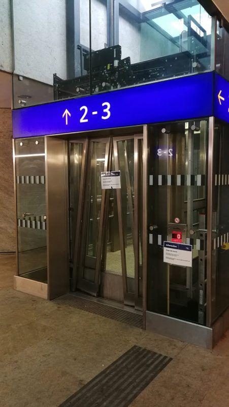 An den Vorarlberger Bahnhöfen gibt es 28 Aufzugsanlagen.