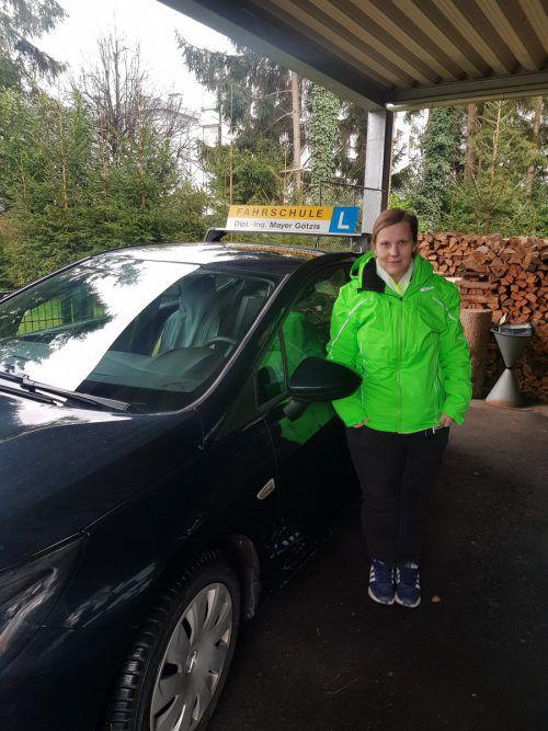 Antenne Vorarlberg zahlte Martina Knauer die Ausbildung zur Fahrlehrerin. AV