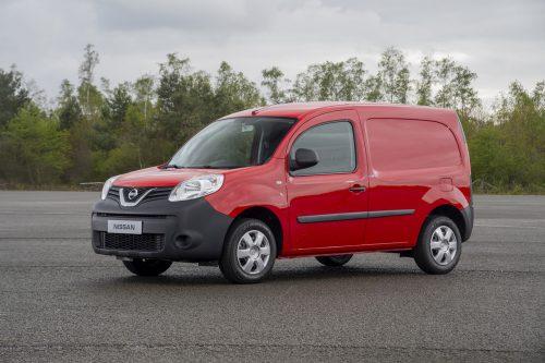 Aus japanisch-französischer Allianz entstammt der Nissan NV250, ein technisch enger Verwandter des Renault Kangoo und ebenso des Mercedes Citan.