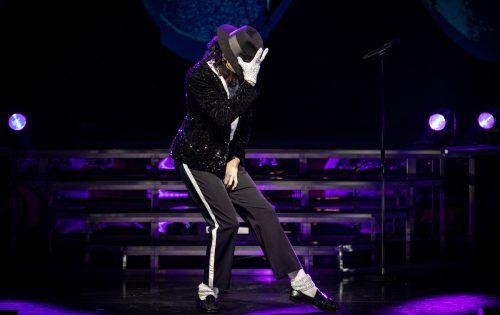 """""""Beat it"""", die Show über den King of Pop ist ein spektakuläres Liveshow-Erlebnis über den erfolgreichsten Enter-tainer aller Zeiten und eine Hommage an den Superstar Michael Jackson.HARALD FUHR"""