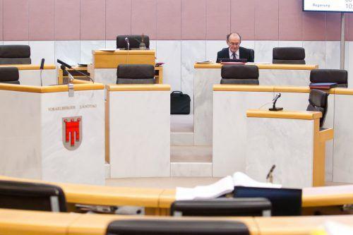 Bußjäger war bis Ende 2012 Landtagsdirektor. Nun leitet der Jurist das Institut für Föderalismus und ist Professor am Institut für Öffentliches Recht in Innsbruck.VN
