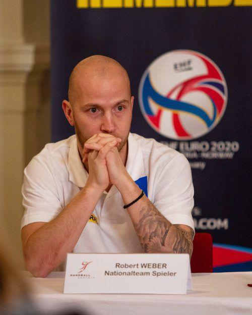 Der Bregenzer Robert Weber blickt voll fokussiert und mit Vorfreude auf das Testspiel gegen Deutschland und den Start der Heim-Europameisterschaft.gepa