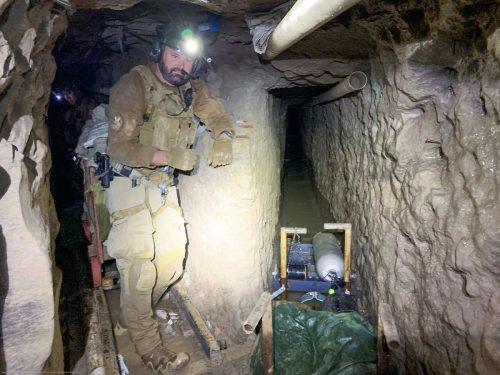 Der Tunnel ist etwa 1,7 Meter hoch und 60 Zentimeter breit. Reuters