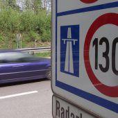 Autobahnraser hatte es zum Prozess weniger eilig