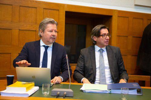 Die beiden Privatbeteiligtenvertreter Nicolas Stieger (l.) und Stefan Denifl.
