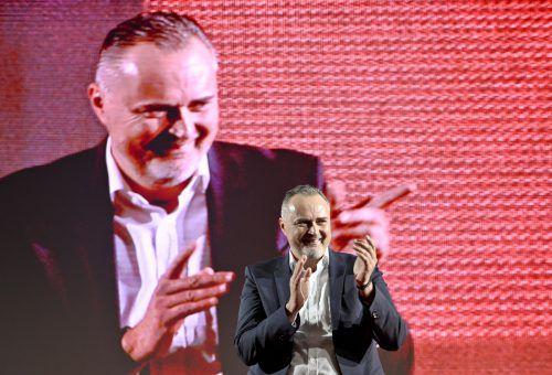 Die Hoffnungen der Sozialdemokraten liegen auf dem burgenländischen Landeshauptmann. Er soll die SPÖ bei der Landtagswahl klar über 40 Prozent führen. APA
