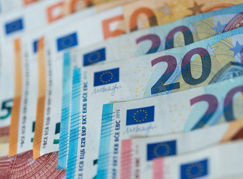 Im September gibt es Einmalzahlungen für Familien und Arbeitslose. APA