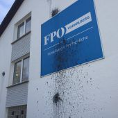 Farbbomben-Anschlag auf FPÖ: Das war eine geplante Aktion