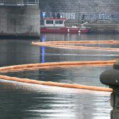 Kilometerlanger Ölteppich auf der Donau bei Wien