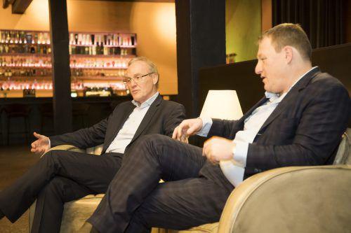 """Ernst (l.) und Gerhard Fehr im VN-Gespräch: """"Es ist wichtig, dass die Aktivitäten und Vorhaben auch dem Gemeinwohl dienen."""" VN/Paulitsch"""