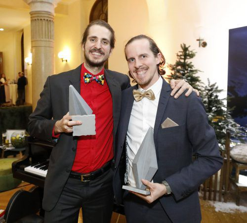 Felizeter (l.) und Schwendinger erhielten ihren Preis auf dem Ball der Vorarlberger am Wochenende in Wien. Dragan Tatic