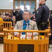 Zweiter Tag im Prozess gegen Soner Ö. zum Tattag in der BH Dornbirn. A4