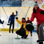 """<p class=""""infozeile"""">               Für Eisflitzer: die kunsteisbahn aktivpark montafon              </p><p class=""""infozeile"""">Ob elegantes Dahingleiten, rasantes Hintereinander-Herjagen oder endloses Rundendrehen: Bewegung auf dem Eis macht Spaß. Im Winter verwandelt sich die Zelthalle im Aktivpark Montafon mit ihrer überdachten Kunsteisbahn in einen 1800 m2 großen Wintertraum für Eisflitzer und Hockey-Gladiatoren. Dazu gehören Publikumslaufen, Eisstockschießen, Eishockey-Spiele, Gruppenevents und die coole Eisdisco mit den aktuellsten Hits.</p>"""