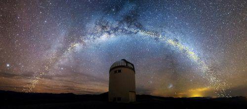 Erst im 19. Jahrhundert konnte man bei einigen Sternen die Eigenbewegung durch jahrelange Beobachtungen messen.Reuters