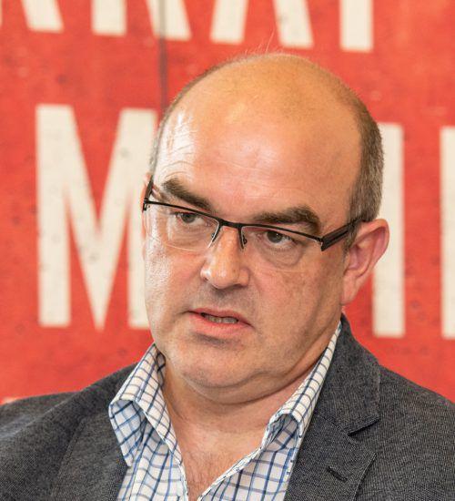 Gewerkschafter Thomas Steurer hält die Pflegelehre für keine gute Idee.KHBG