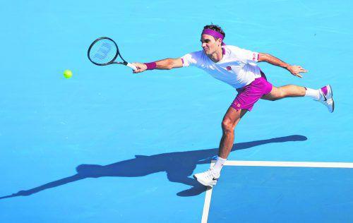 Grand-Slam-Rekordgewinner Roger Federer musste sich mächtig strecken und sieben Matchbälle abwehren, ehe er den Fünfsatz-Krimi gegen Tennys Sandgren für sich entschied.Reuters