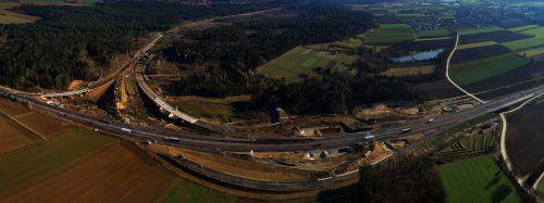 Großbaustelle: Derzeit befinden sich ein Tunnel in Rudersdorf sowie die Anschlussstelle an die A 2 im Raum Riegersdorf (Bild) in Bau. GS/Asfinag
