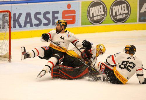 Hinfallen ist für die VEU Feldkirch in den beiden Heimspielen gegen Zell am See und Fassa im Hinblick auf eine Play-off-Qualifikation nicht erlaubt.Hartinger