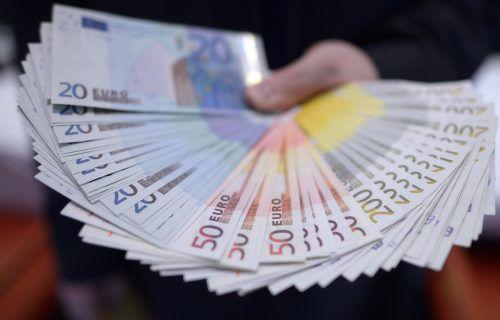 Im Bundesländervergleich können in Vorarlberg vergleichsweise wenige Großverdiener so richtig aus dem Vollen schöpfen. APA