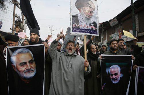 Im Iran kam es am Freitag in fast allen Teilen des Landes zu Kundgebungen gegen die USA. AP