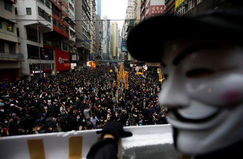 In der chinesischen Sonderverwaltungszone hatten vor knapp sieben Monaten Massenproteste gegen die pekingtreue Führung begonnen. reuters