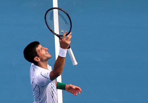Novak Djokovic bekommt es im Achtelfinale mit Milos Raonic zu tun.REUTERS